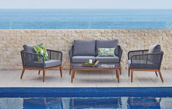 Backyard Lounge Suite - Include Charm to Any Room